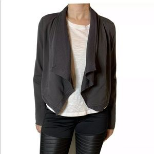 WILLOW & CLAY Gray Cropped Open Front Jacket XS